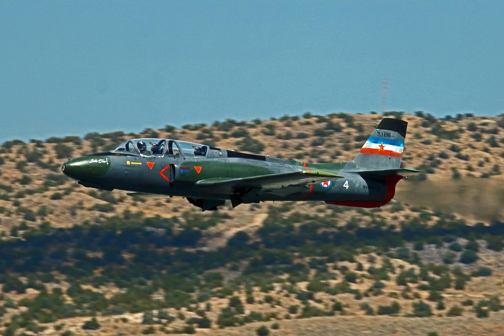 Jet-4-qual-160912Reno_2728