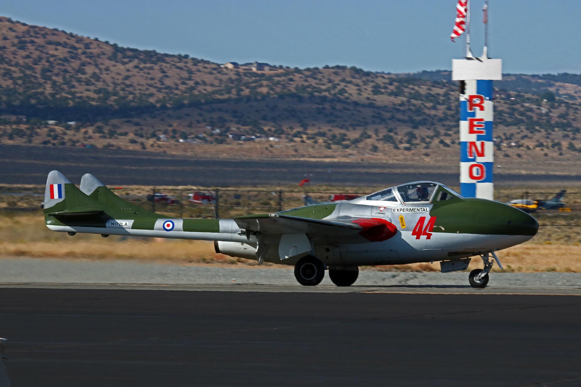 Jet-44-qual-160913Reno_2036